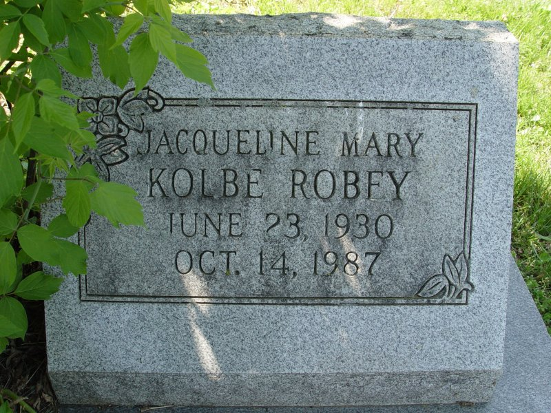 Jacqueline Mary Kolbe Robey headstone