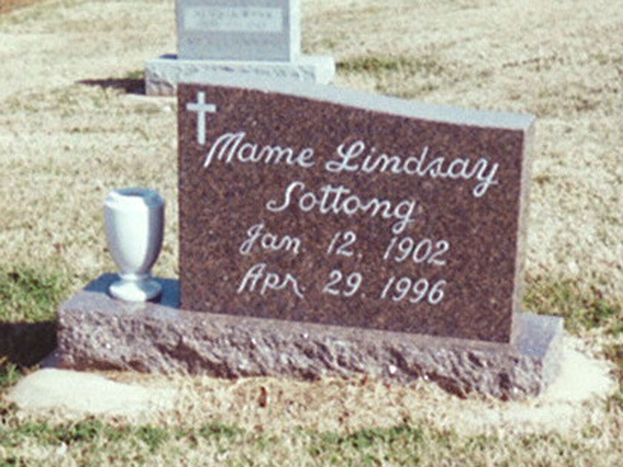 Mame Lindsay Sottong headstone